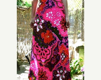 MaySale Vintage 70s Pink Paisley Maxi Skirt