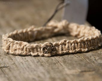simple  tiny flower hemp bracelet