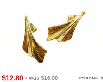 Modernist Trifari Signed Earrings for Pierced Ears