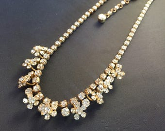 Vintage c. 1950s unusual two tier rhinestone daisy flower necklace in gilt metal with extension