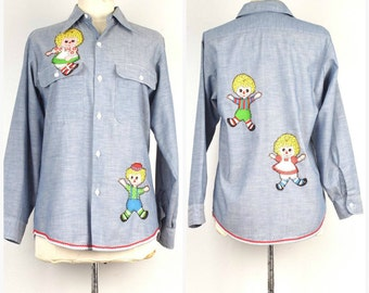 Raggedy Ann and Andy 60s 70s vintage applique denim shirt blue jean chambray Big Mac button up top large women 40 bust