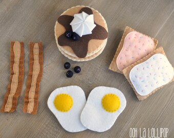 Felt Breakfast Bundle, including bacon and eggs, blueberry pancakes, and two pop tarts - great for any play kitchen!