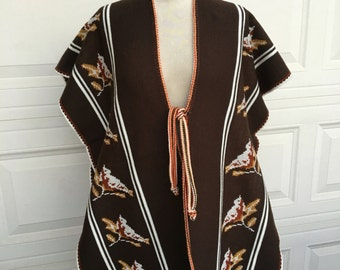 Vintage 1970s brown robin cardinal bird motif fringed sweater poncho boho hippie serape size S M L