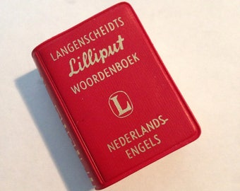 DUTCH-to-English miniature Dictionary, 1956 Edition, SO Handy when Traveling!