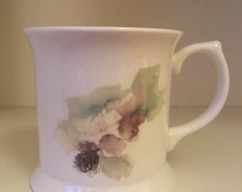 Blooming blackberry tea mug