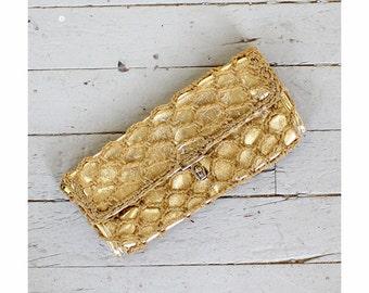 60s Gold Clutch Purse • Metallic Clutch • Gold Bag • Evening Clutch • Faux Leather Purse • Crochet Clutch • Metallic Purse | B680