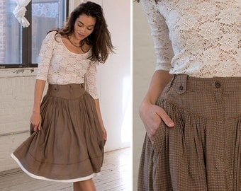 Prairie Skirt S/M • 80s Skirt with Pockets • Vintage Skirt • Tiered Skirt • Flowy Skirt • Elastic Waist Skirt • Flowy Skirt  | SK726
