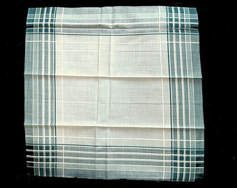 MAN'S HANDKERCHIEF Green Cream Plain Excellent Quality Cotton Twill Overshot 16 x 16 Never Used Excellent Condition