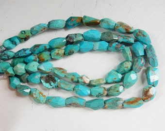 Natural tibetian Turquoise faceted nugget beads (13-19x9-12mm), turquoise  freeform nugget beads.   full strand (16 inches)
