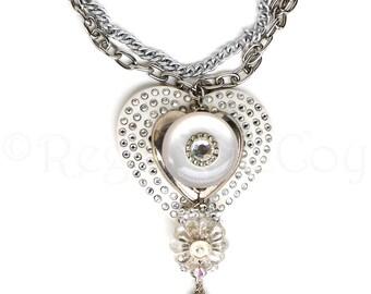 QUEEN OF HEARTS Vintage Bakelite Rockstar Wearable Art Jewelry Statement Necklace
