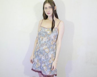 Pretty lil 90s pastel floral lace dress with pink velvet trim and brown lace size m