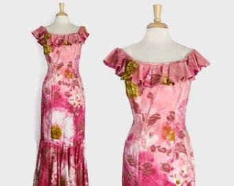 60s PINK Hawaiian DRESS / 1960s Watercolor FLORAL Ruffled Holomuu M