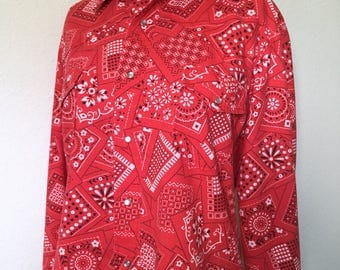 """Vintage red bandana Western snaps blouse, vintage pearl snap hand sewn one of a kind, retro Rockabilly pinup blouse, women L large 42"""" bust"""