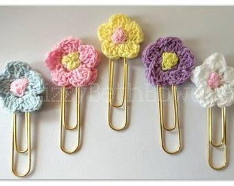 Pastel Flowers Planner Clip set of 5, bookmarks, planner flower clips, crocheted bookmarks, little flower clip set, mini clips