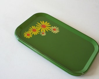 Vintage Metal 4 Serving Tray, Daisy, Green