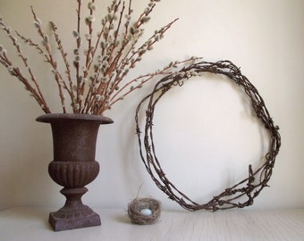 Barbed Wire Wreath , Antique Weathered Rusty Patina , Rustic Wall Hanging , Garden Decor , Primitive Farmhouse Decor