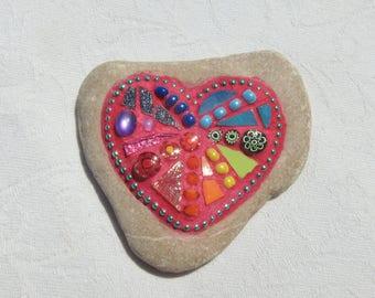 Rainbow Heart Mosaic Stone, magenta grout