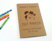 Kids wedding coloring book / wedding favor / kids wedding activity book / rustic wedding activity book with crayons - Set of 6