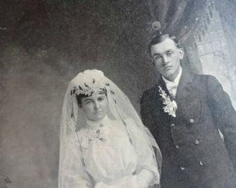 Antique Wedding Picture / Vintage Marriage / Formal Antique Wedding Photo / Cabinet Card (AA2)