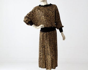SALE 1980s leopard print dress with batwing sleeves, vintage blouson dress