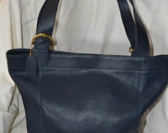 Vintage ~COACH Bag XXX Large Feed Bag Coach 4082~ Largest One They  Make Navy Blue~  Bucket Bag Hangtag Superb