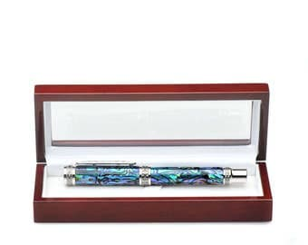 Wood pen box with a high gloss finish from 7 layers of lacquer fits any large single pen clear plastic top see through lid wooden pen case