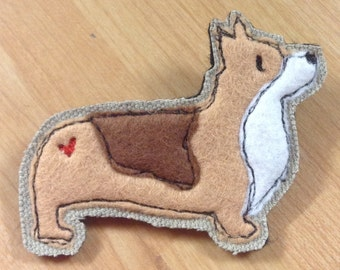 Corgi brooch, corgi applique pin, embroidered corgi brooch, felt brooch pin, dog lover gift, corgi lover