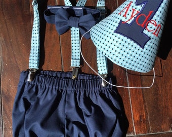 Boys Vintage Cake Smash Outfit, Vintage Smash Cake Outfit, Birthday Boy, Bow tie, Suspenders, Party Hat & Diaper Cover by TwoLCreations