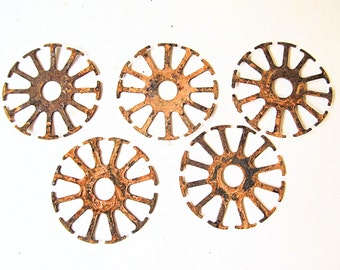 5 Small Industrial Rusty Metal Salvage Pieces for Assemblage, Steampunk, Collage Art Projects, or Birdhouse Projects