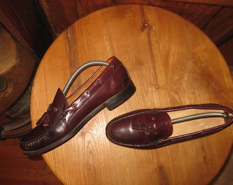 Genuine   Moccasins     Hand  Lasted     Handsewn  In  Maine     Mens  11  1/2   D