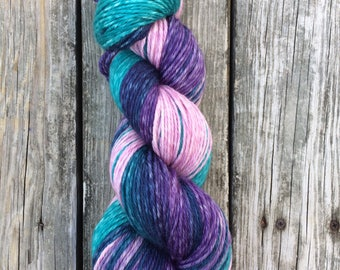 Hand Dyed Yarn, Gradient Yarn, Indie Dyed Yarn, MCN, Aran Weight, Extra large skein