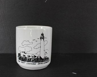 Vintage Racine Lighthouse Coffee Mug Cup / Wind Point Robert Johansen 1991 Great Lakes Black White Lake Michigan Lighthouse Mug Cup