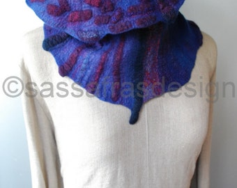 Felted cowl/scarf, artistic hand felted shawl, reversible collar, bohemian women's fashion accessory, outstanding handmade cosy shawl