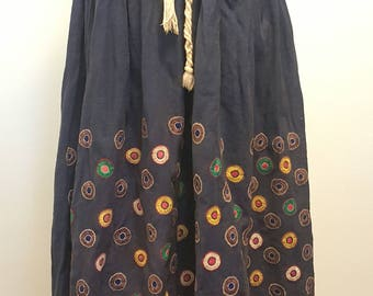 SALE Vintage Late 1960s to Early 1970s Embroidered Cotton Skirt. Small to Large