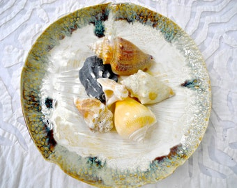 Ceramic Bowl, textured bowl, Pottery fruit bowl, serving dish, lace pottery, neutral decor, shell bowl, beach house decor, cream, green