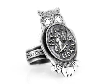 Coin ring with the Libra coin medallion on owl Libra ring Zodiac ring Noa Tam coin jewelry
