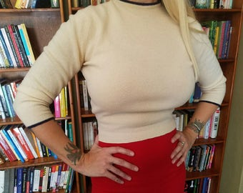 SOFT and SWEET-- The Best 1950s Cashmere Cream Sweater with Navy Blue Accents