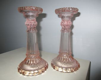 Pink pillar candlestick holder,ribbed,shabby chic,charming,Decroative,candlestick,wedding,staging decor,Home Décor,Home Living pair of round