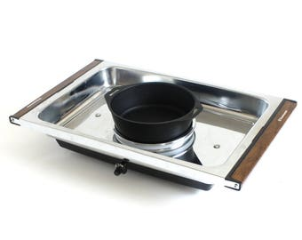 Toastmaster Snack Center Serving Tray with Center Hot Plate Food Warmer 1500
