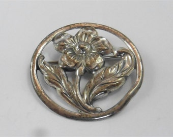 Vintage Sterling Silver Flower Pin / Brooch  p1230426