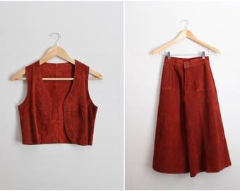 50s High Waisted Suede Two Piece Set / Suede Culottes / Suede Vest and Pants Set / Size XXS/XS