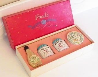 Vintage Ponds Cream Powder Boxed Set New Old Stock 1930s