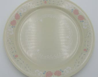 Corelle by Corning Natural Images 10.25 inch Dinner Plate 1990s Blossoms in Lace