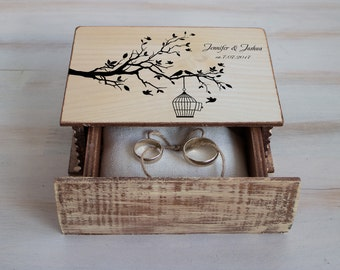 Wedding ring box, Love Bird wedding Box, Personalized ring box Ring baearer box Love tree box Spring wedding Wedding ring pillow Ring holder