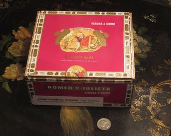 Romeo Y Julieta Cigar Wood Box Love Story