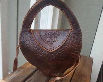 TURTLE    ///    Tooled Leather Purse