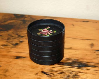 Vintage E. T. Nash Co. Tole Coasters Vintage Set of 6 Black Tole Painted Metal Coasters from The Eclectic Interior
