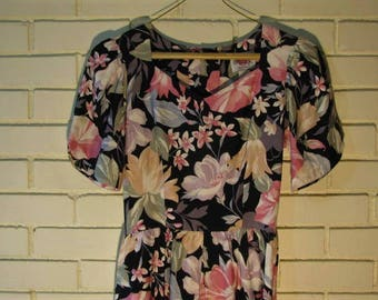 Vtg 80's Lanz Originals cotton floral dress size 4