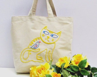 Oversized canvas tote bag  hand  embroidered  with a yellow cat, everyday bag,  shoppers bag, unique,chic