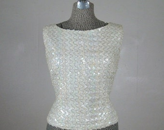 ON SALE // Vintage 1960s White Opalescent Sequin Shell Top 60s Sparkly Blouse Size 10/L Large